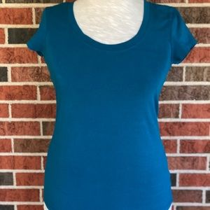 ✨4 for $20✨ Kenneth Cole Reaction Blue T-Shirt